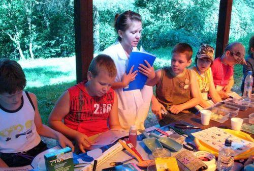 дети в лагере летом Научный лагерь для детей
