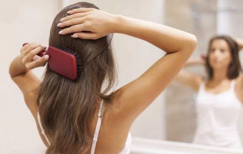 девушка длинные волосы мытье сложно расчесывать
