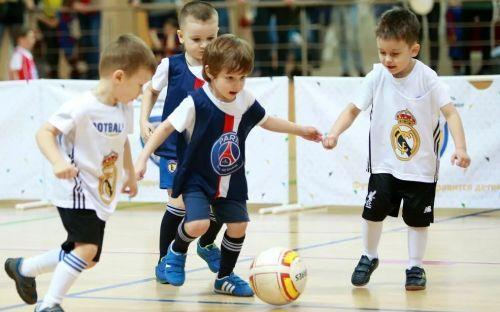 ребенок спорт секция