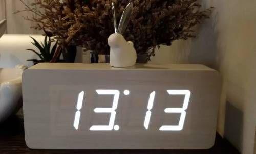 цифры на часах 13 13