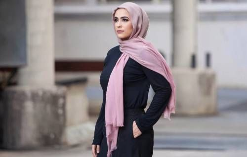 хиджаб на девушке