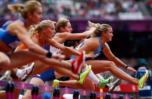 спортивные состязания бег с припятствиями